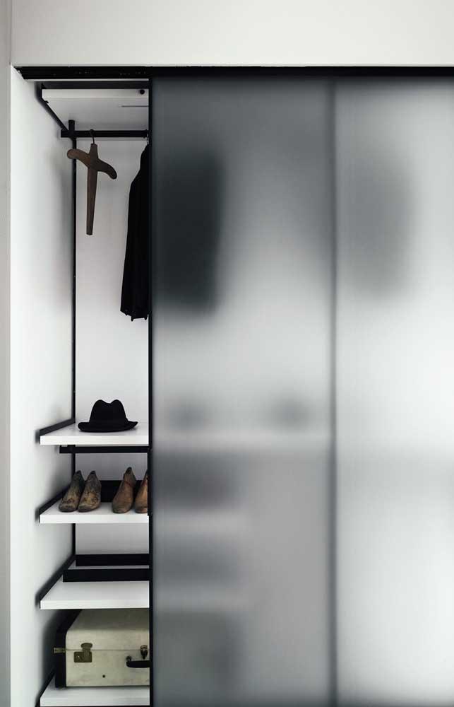 Porta com jateamento no vidro para guarda roupa