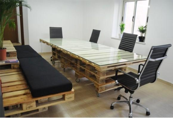 Móveis para um escritório feitos com esse tipo de madeira