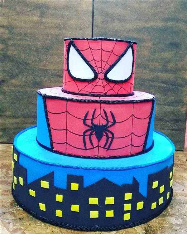 Varios predios desenhados no bolo