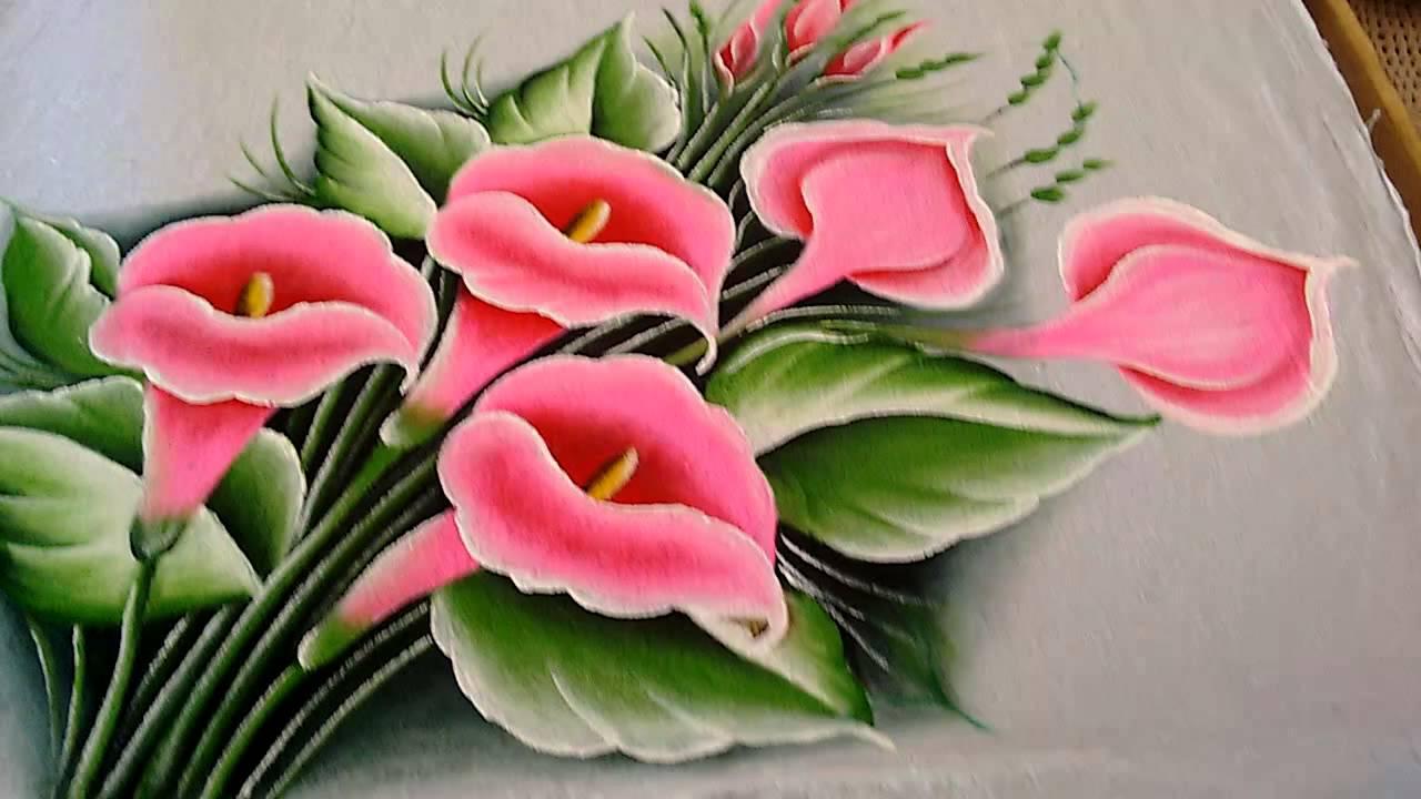 copo de leite rosa pintado em tecido