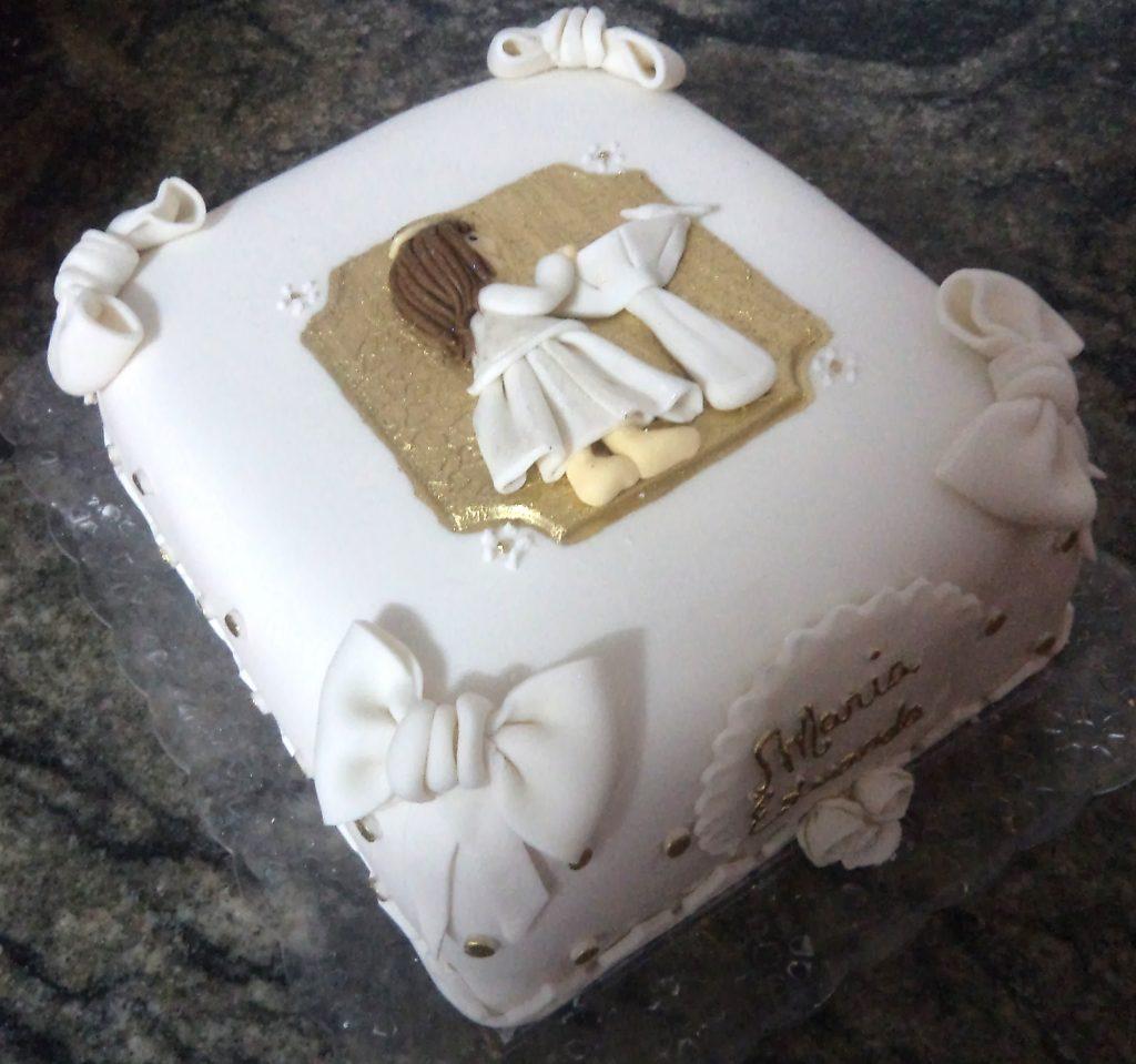 bolo de batizado
