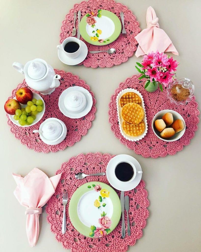 Conjunto com quatro circulares e rosa