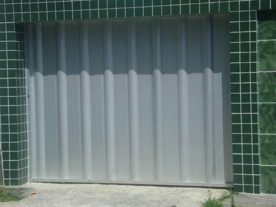 Portão de alumínio fosco