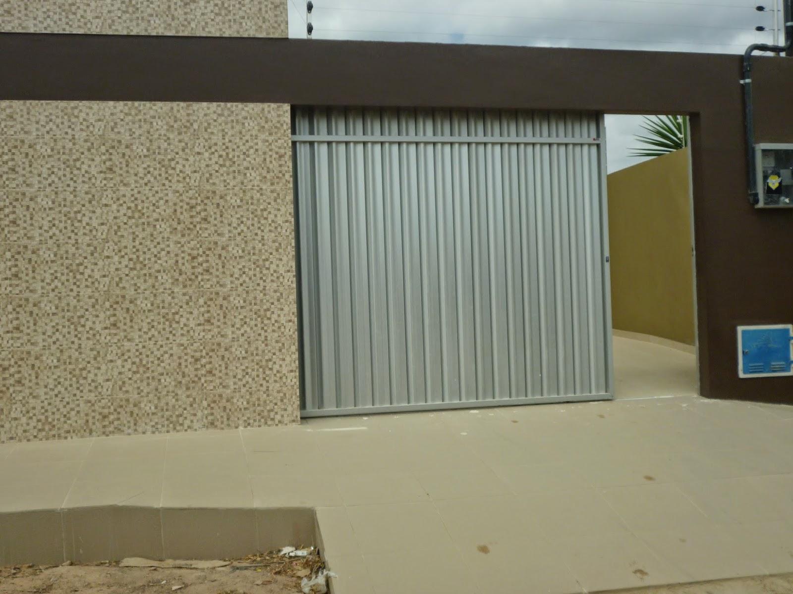 Portão de alumínio foscoo