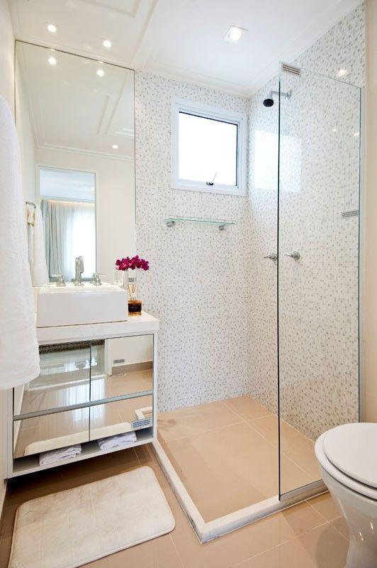 Banheiro quadrado pequeno