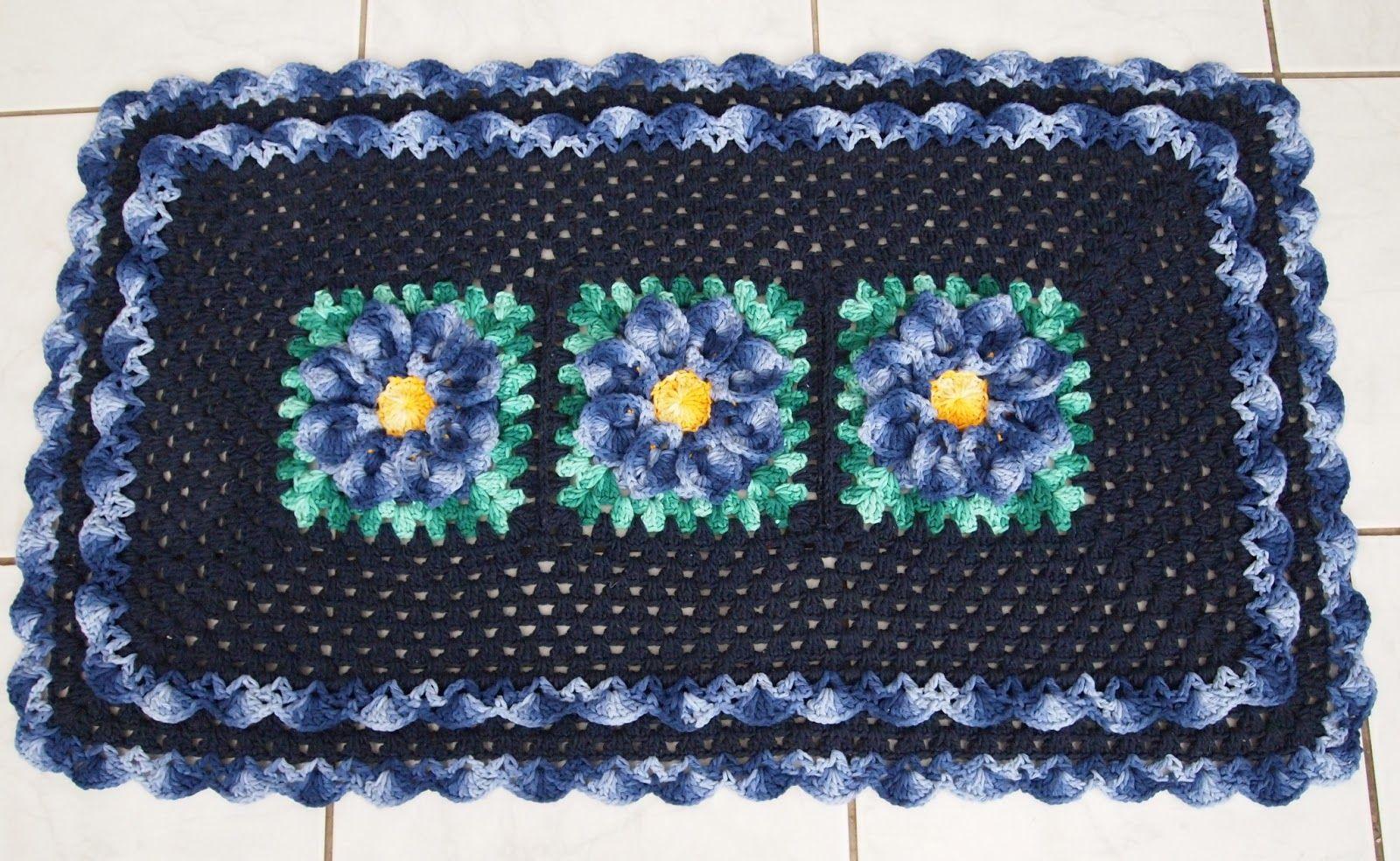 Flor de crochê azul marinho