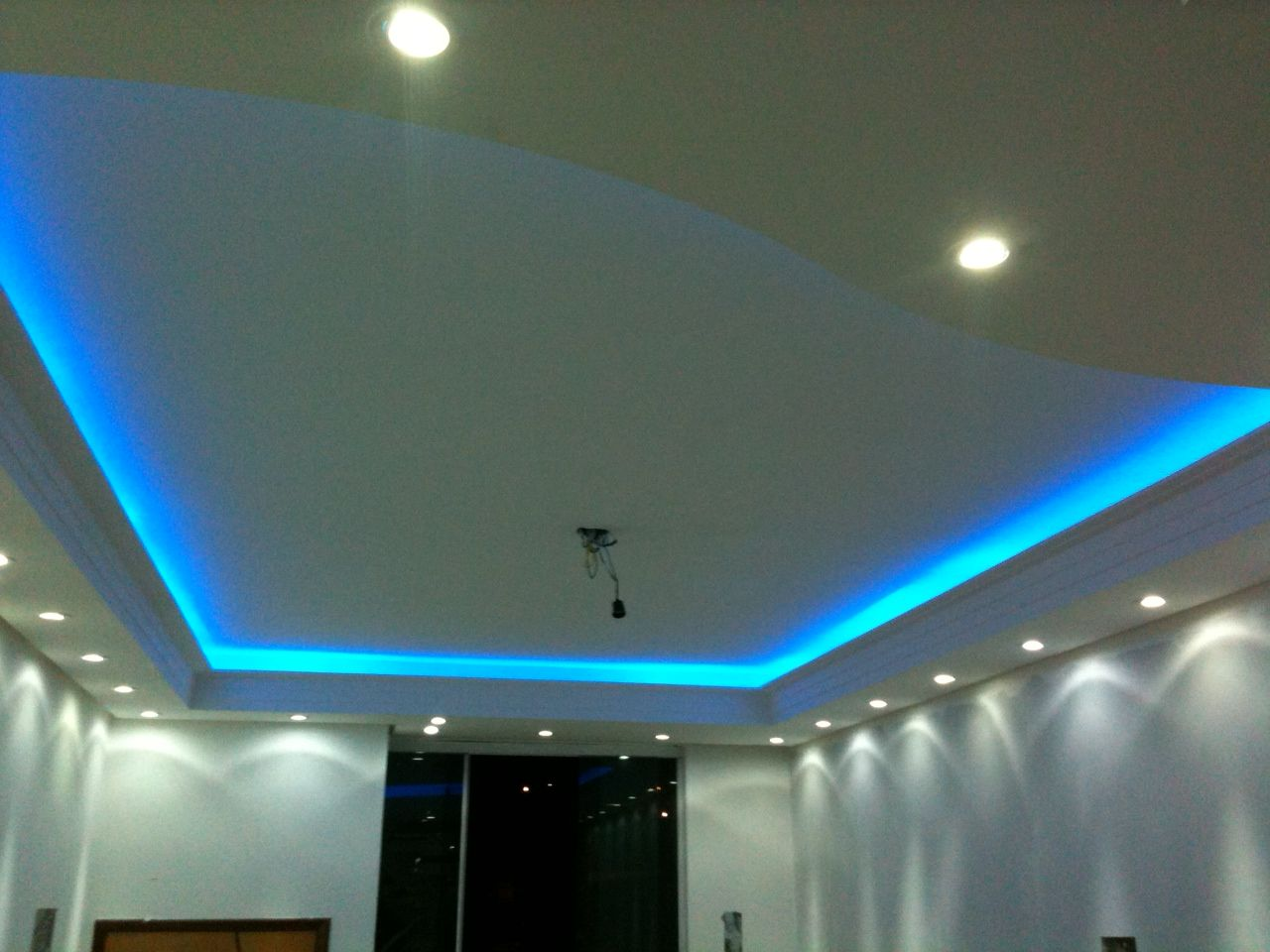 Sanca com led azul