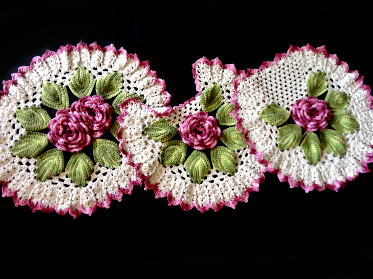 Tapete de crochê flor de amora