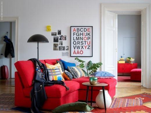 simples decoração trocando a vor do sofá