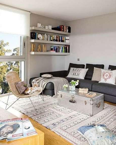 tapetes e almofadas compondo ambiente