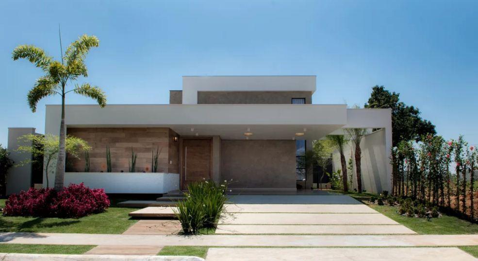 Casa com formatos modernos para destaque