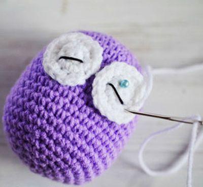 Começo do croche de uma coruja pequena