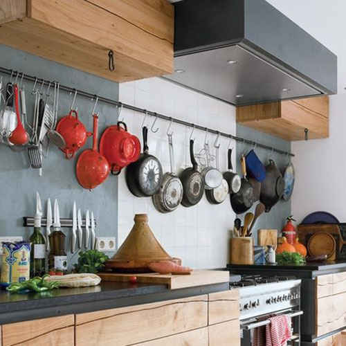 Decorando com os p´ropios utencilios da cozinha