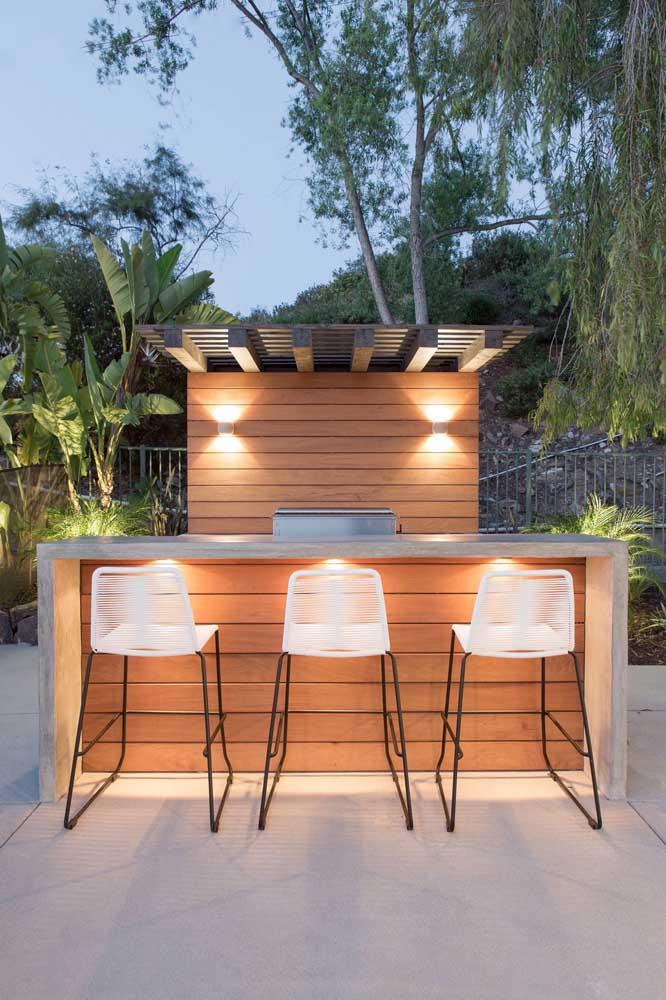 conjunto de bar de madeira ae churrasqueira