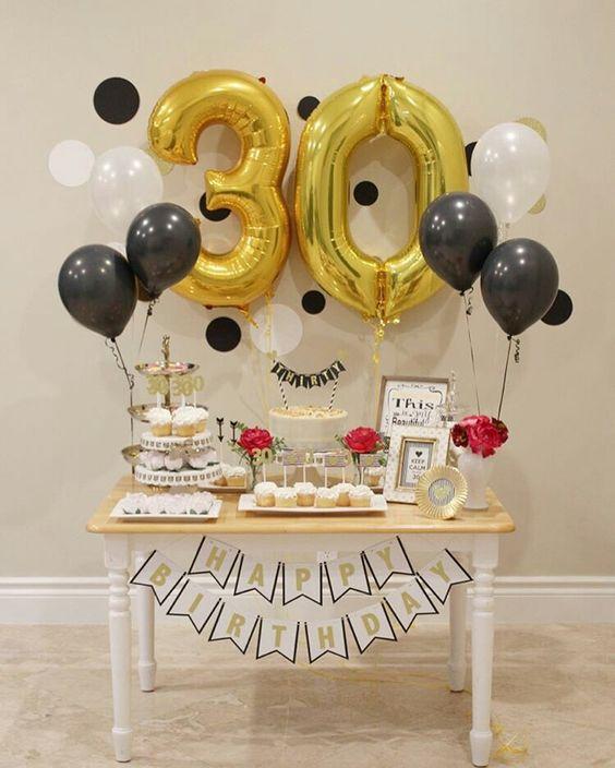 Festa de 30 Anos Veja 60 Fotos e Dicas Para Fazer Uma Festa Incrível -> Decoração De Aniversario Simples Para Homens