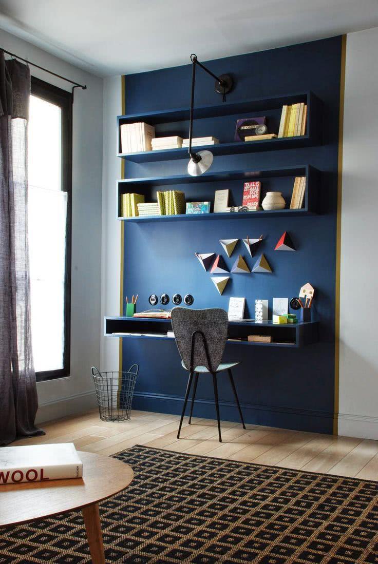 Estante de livros de parede para quarto azul