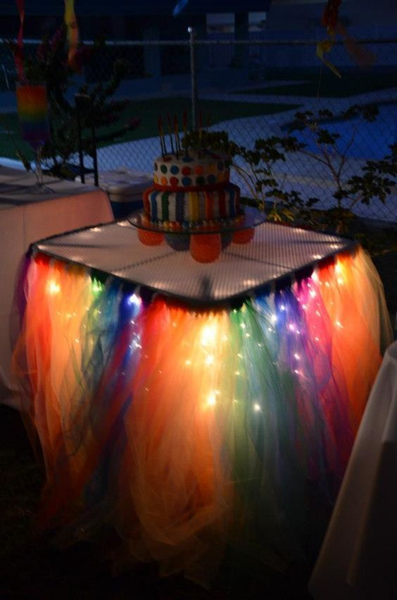 mesa para festa neon