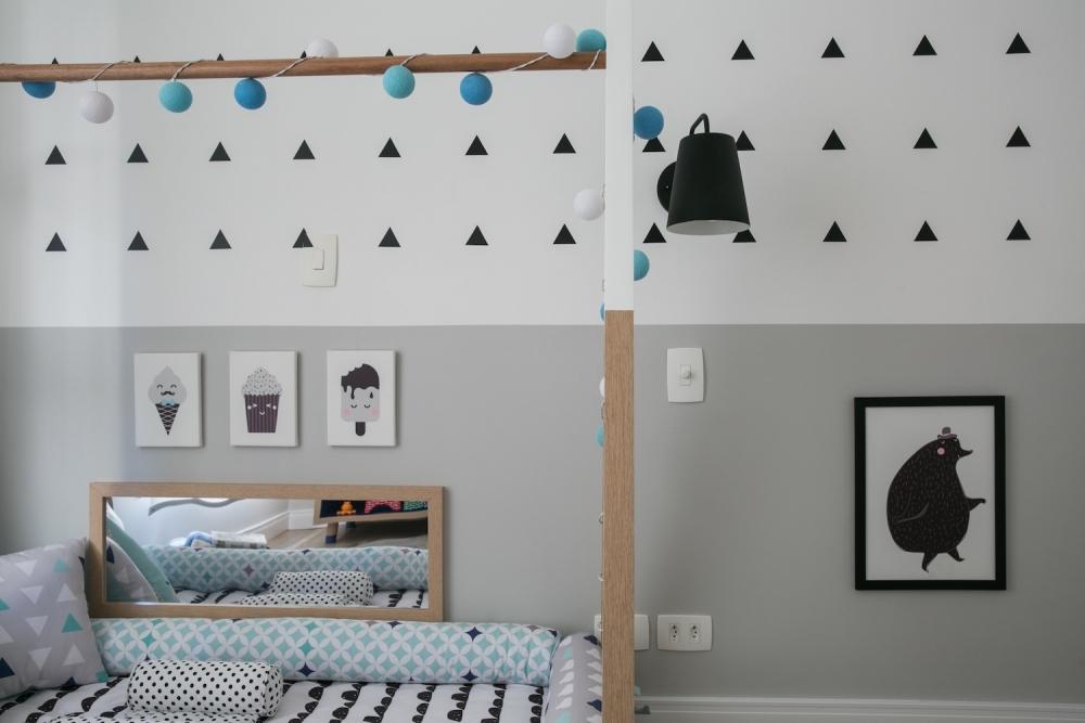 quarto de bebe azul com cinza