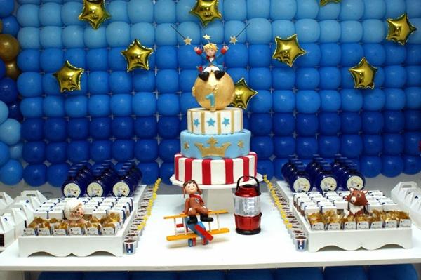 Festa do pequeno príncipe de um ano