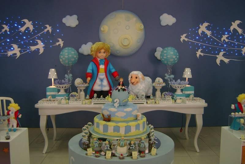 festa de um ano com decração pequeno principe