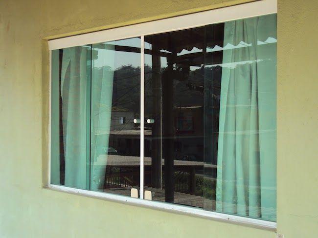 Blindex sem contornona janela para quarto