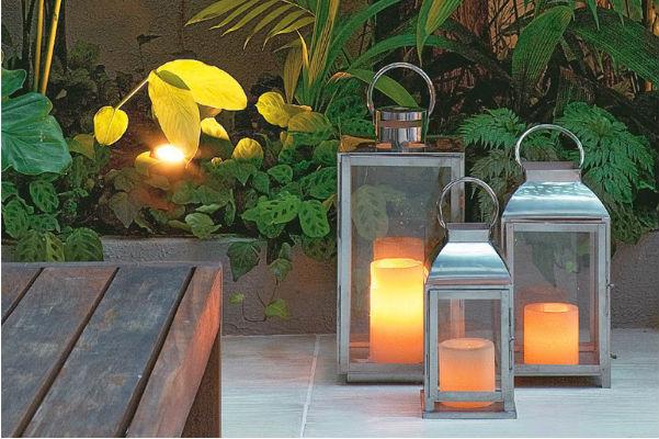 Lampiões iluminando o jaridm