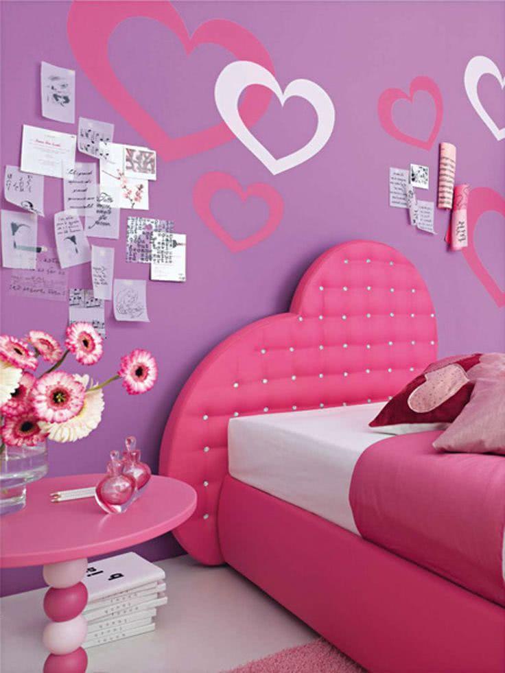 Lilás e rosa compondo o mesmo quarto