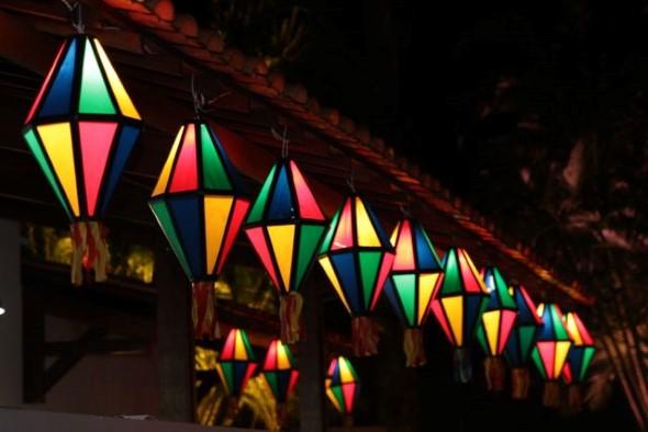 Luminarias em forma de balão para sua festa junina