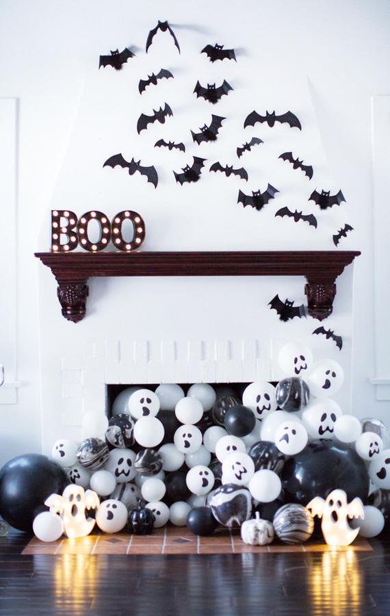 Velas no chão para festa de halloween