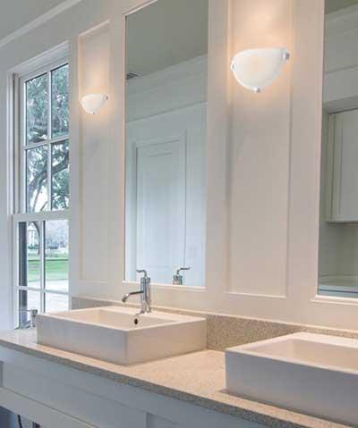 luzes modernas decorando banheiro