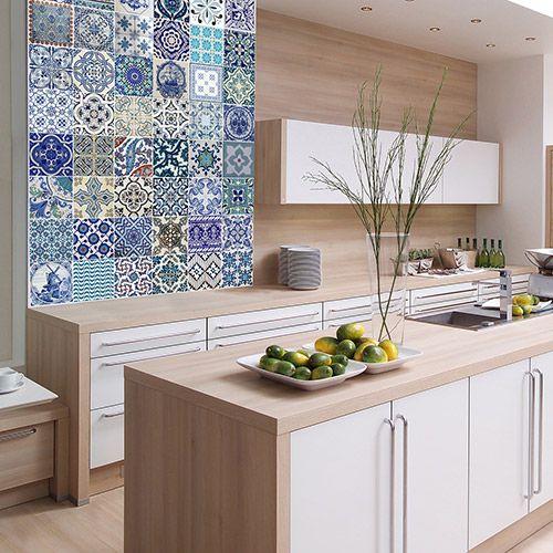 madeira misturada na decoração da cozinha em tom claro