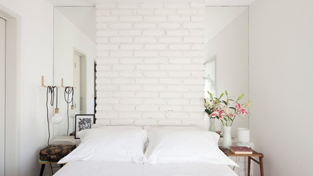 Branco cor branca na sua parede de trás