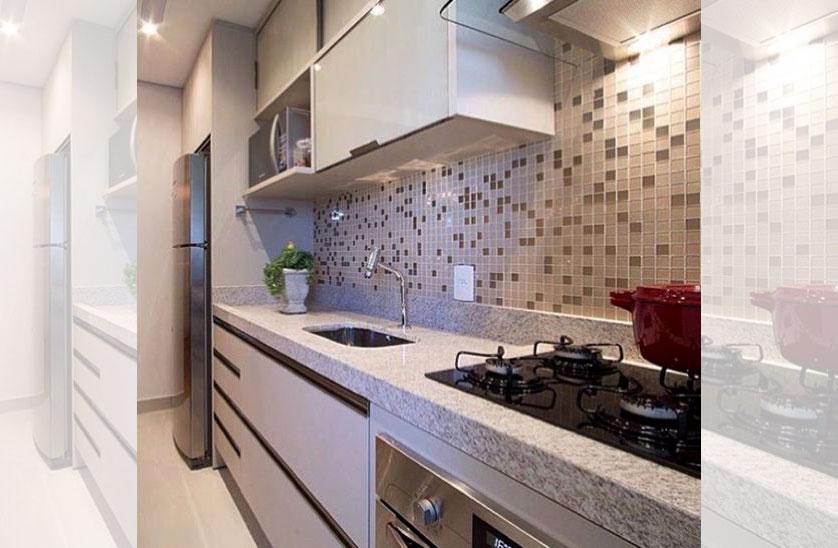 Cozinha pequena com luzes na parede
