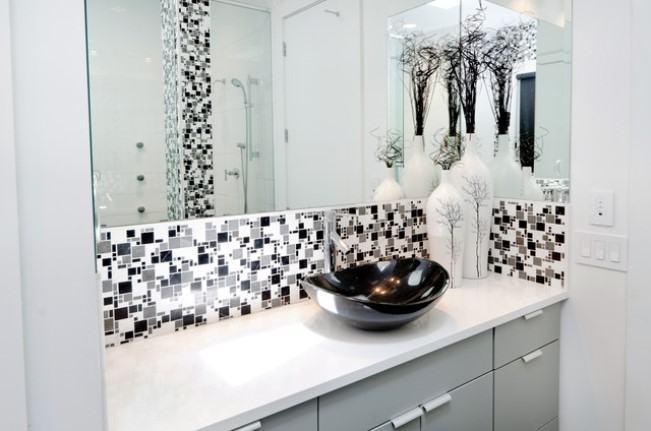 Decooração preto e branco no banheiro