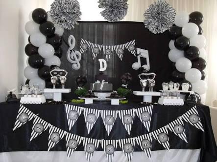 Decoração preto e branco no aniversario