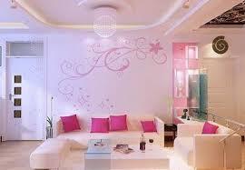 Decoração rosa com sofás
