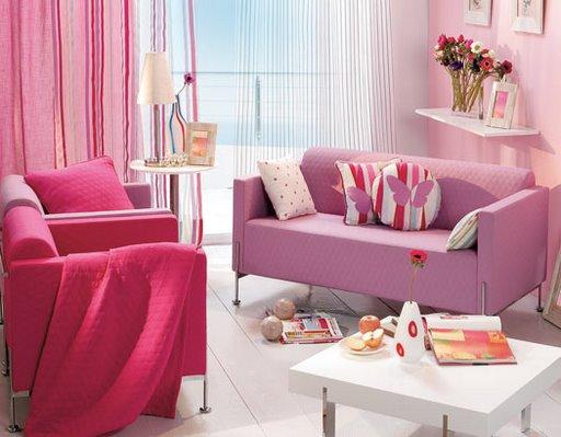 Decoração rosa na sala de estar