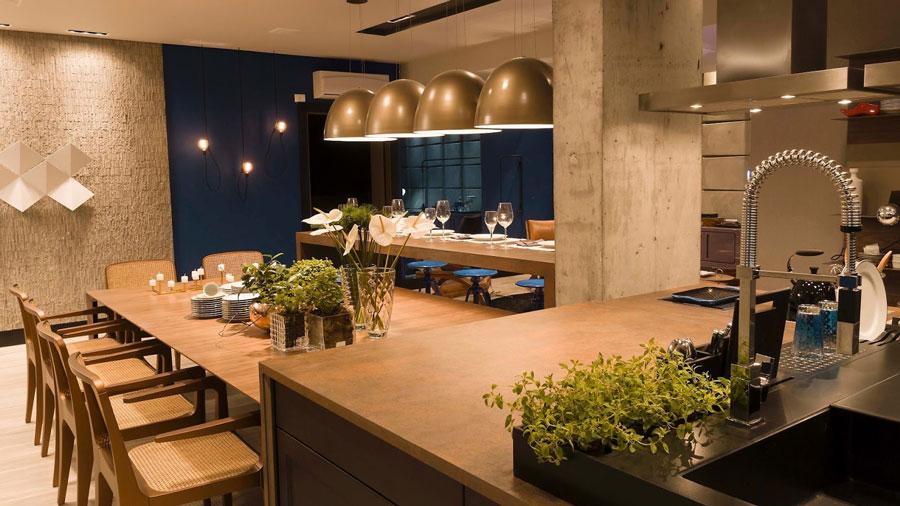 Luzes modernas compondo a cozinha
