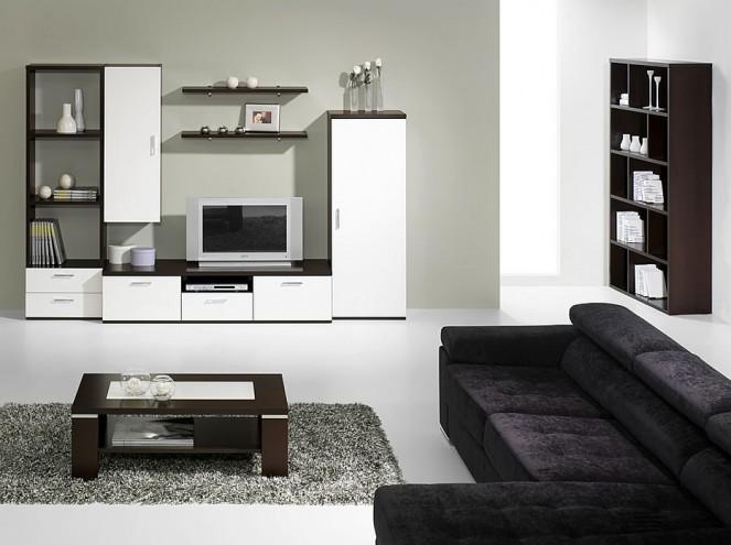 Sofá preto e estante branca na sala