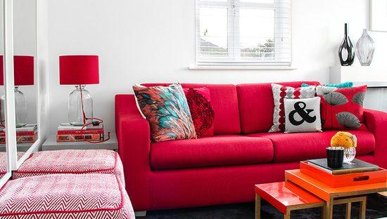 decoração em rosa e vermelho