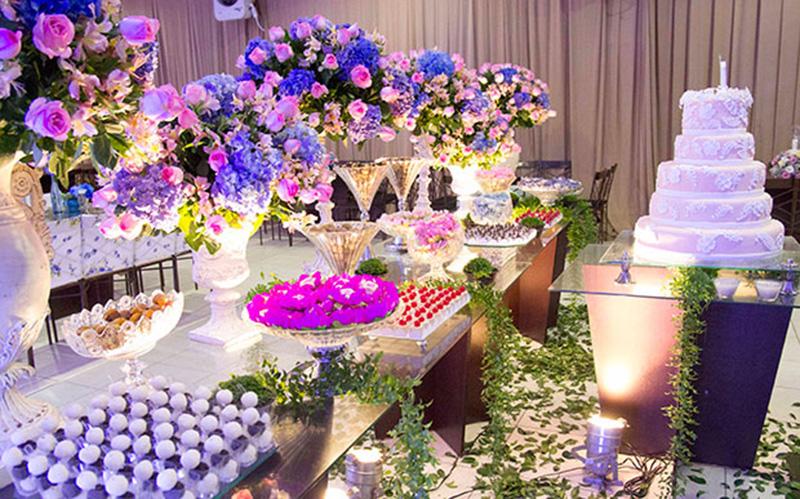 rosa e azul usados na decoração