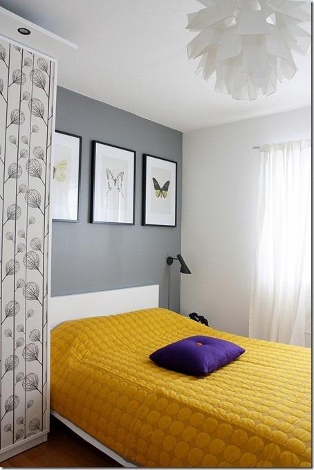Amarelo e cinza decorando o seu quarto