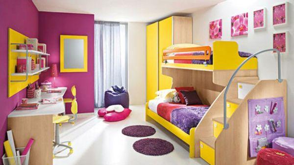 Amarelo e rosa forte juntos na decoração