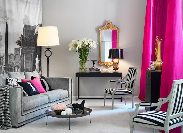 cortina em fucsia colocada em sala com decoração cinza