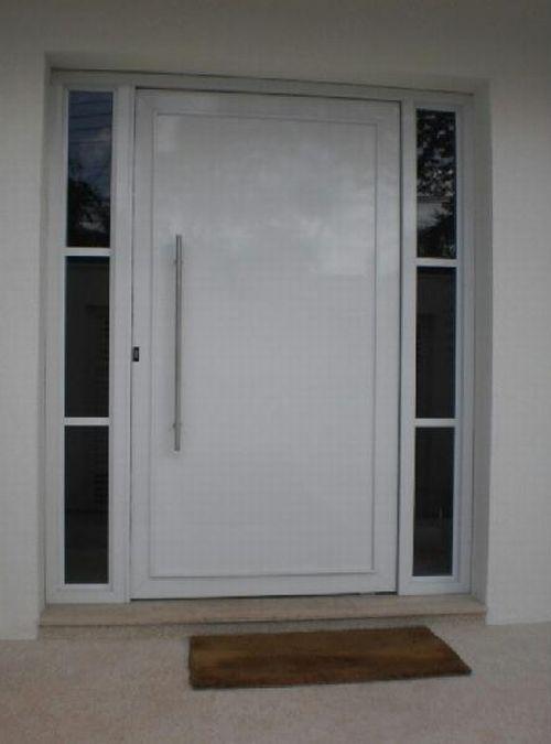Aluminio em toda composição da porta
