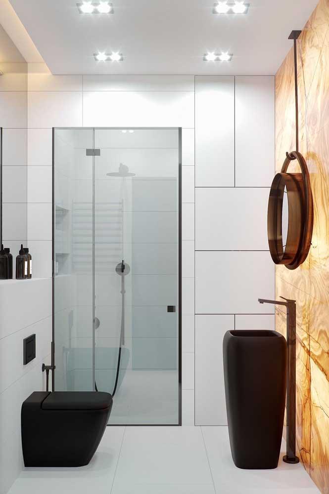 entrada banheiro jateado com pelicula escura