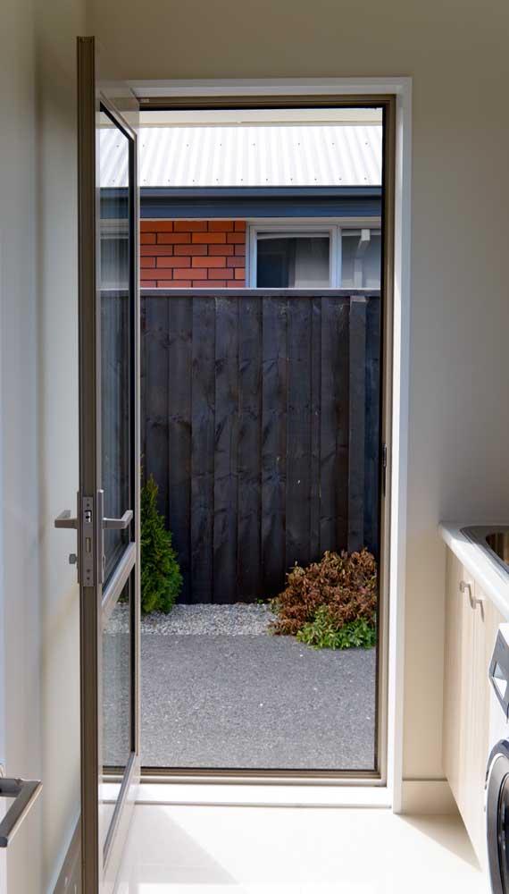 porta de aluminio com vidro para a sala modelo simples