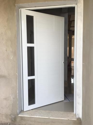 porta de aluminio com vidro para cozinha