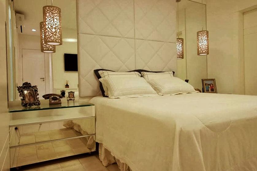 cerâmica branca no quarto de casal