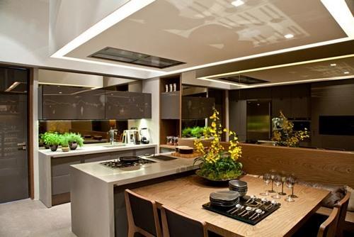 ilha gourmet colocada em uma cozinha